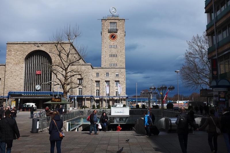 dworzec w Stuttgarcie